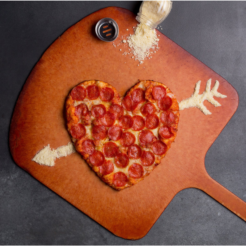 Extended! Shakey's Heart Shaped Pizza Deal Is Available For A Few More Days!
