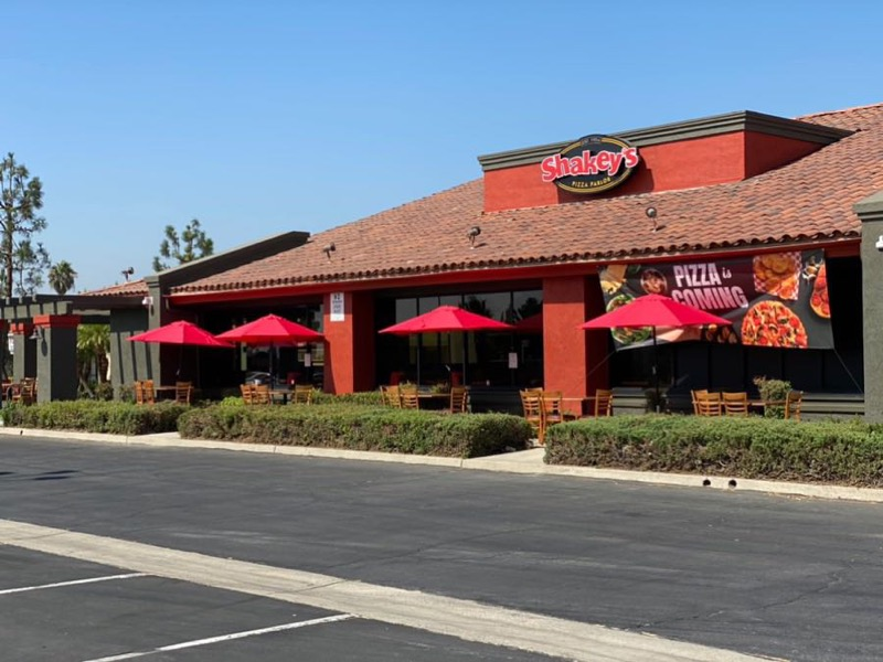 Shakey's Shakeys Pizza Rialto Opening July 27th!